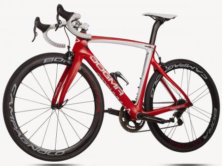 DOGMA F8 - Carbon T11001K - 956 POS Red